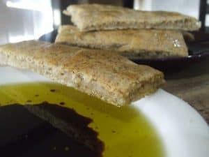 flatbread with olive oil and balsamic vinegar