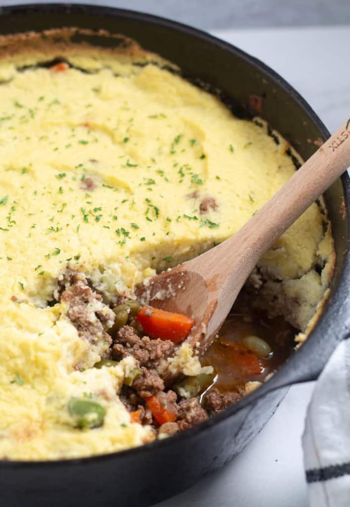 cooked shepherd's pie in cast iron skillet