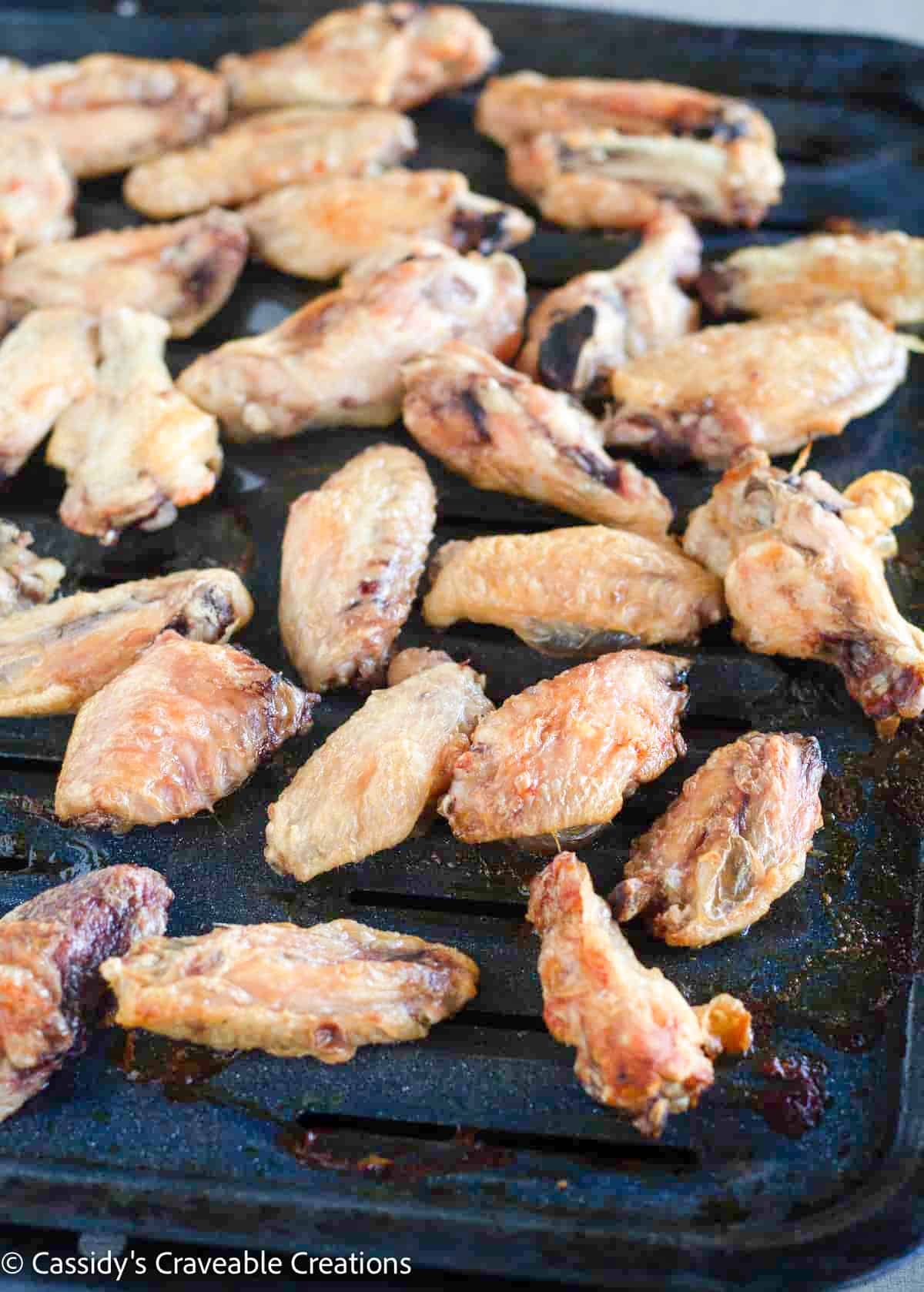crispy wings on broiler pan